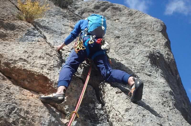 Curso de escalada deportiva de varios largos en Calcena